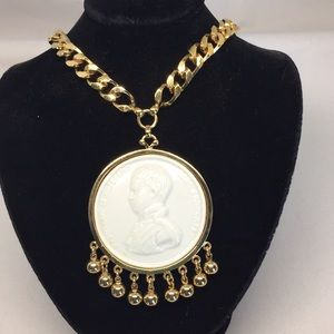Vintage Nettie Rosenstein necklace